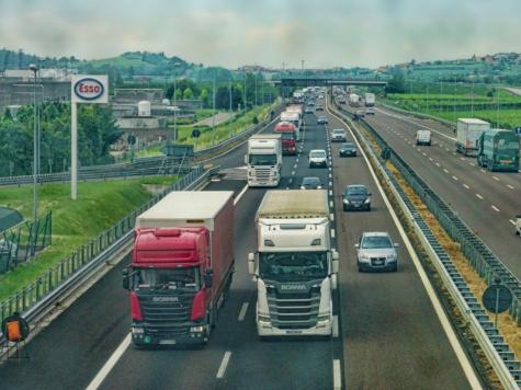 'Herstel zo snel mogelijk vrije doorgang vrachtverkeer VK'