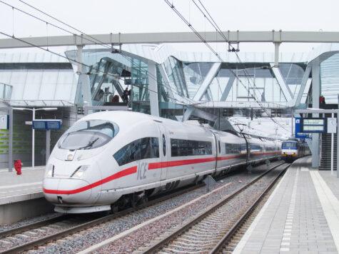 """Investeer in sterkere spoorcorridor tussen Randstad, Arnhem en Ruhrgebied"""